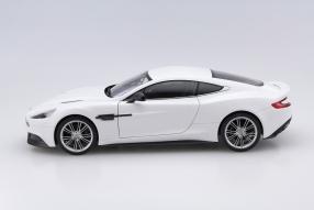 model car Aston Martin Vanquish V12 scale 1:18