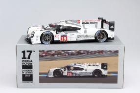 model car Porsche 919 Hybrid Le Mans 2015 scale 1:18 Diecast