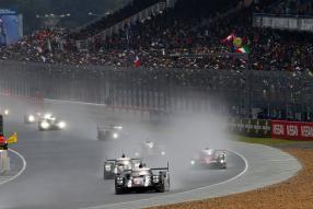 Regenschlacht in Le Mans 2016