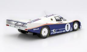 Model car Porsche 962 Rothmans scale 1:18