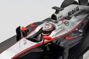 McLaren MP4-30 2015 1:18