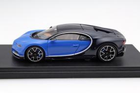 model car Bugatti Chiron scale 1:43