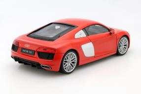 model car Audi R8 scale 1:18 Welly