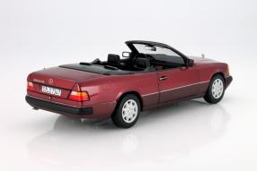 Modellauto Mercedes-Benz E-Klasse Cabriolet Maßstab 1:18 A 124