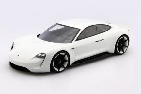 Spark Porsche Mission E 1:18