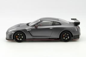 Modellauto Nissan GT-R Nismo Maßstab 1:18