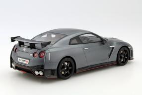 model car Nissan GT-R Nismo scale 1:18