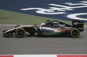 Sergio Pérez Formel 1 Bahrain by 2016 Dave Jefferys