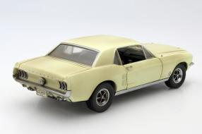 Modellauto Ford Mustang I The Walking Dead 1:18
