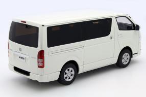 model car Toyota Hiace scale 1:18