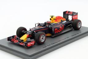 Red Bull RB12 Formel 1 2016 1:43