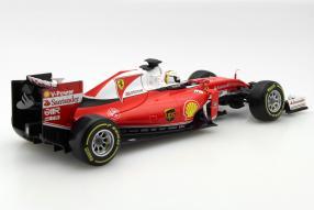 Model car Ferrari  Formula 1 Vettel 2016 1:18