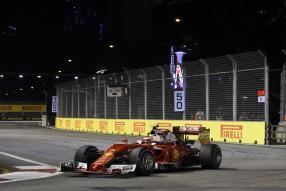 Formel 1 Ferrari Kimi Räikkönen in Singapur 2016
