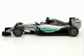 model car Mercedes-AMG F1 W06 scale 1:18 Hamilton