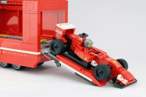 Ferrari Renntransporter Lego