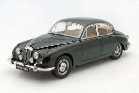 Daimler V8 250 1:18 #Paragon