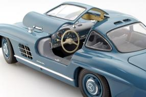 modelcar Mercedes-Benz 300 SL scale 1:18