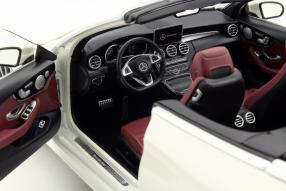 Modellauto Mercedes-Benz C-Klasse Cabriolet A 205 1:18