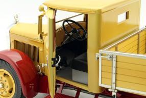 Modellautos Mercedes-Benz LO 2750 1934 1:18