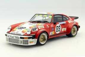 Porsche 934 1:18