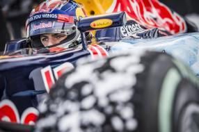 Max Verstappen Red Bull Snow Run 14 . Januar 2016