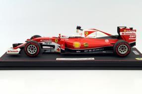 Modellauto Ferrari Formel 1 Vettel 2016 1:18
