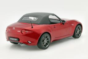 Model cars Mazda MX-5 2015 scale 1:18