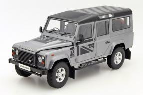 Land Rover Defender 1:18