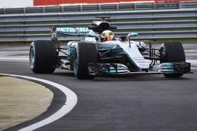 Mercedes-AMG Petronas F1 W08 Hamilton 2017