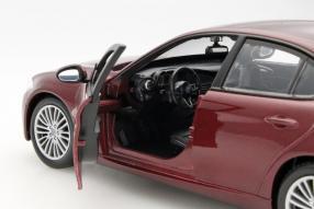 Modellautos Alfa Romeo Giulia 1:24 bburago