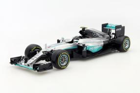 model car Nico Rosberg #MercedesAMG Petronas F1 2016 1:18 by #Bburago
