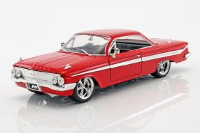 modelcars Chevrolet Impala Dom Fast and Furious 1:24