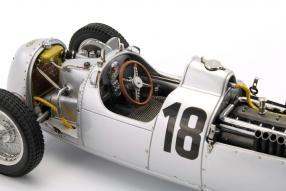 Model cars Auto Union Typ C 1936 CMC 1:18