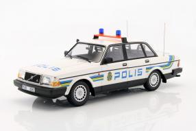Polis Volvo 240 GL 1:18 Minichamps