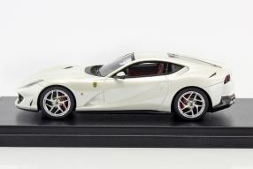 Modellautos Ferrari 812 Superfast 1:43