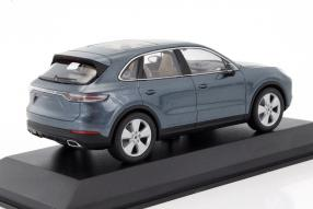 Modellautos neuer Porsche Cayenne III 1:43