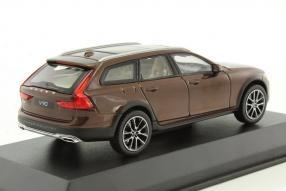 modelcars Volvo V90 Cross Country 1:43