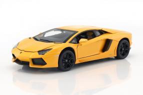 Modellautos Lamborghini Aventador 1:18