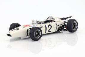 Honda RA272 1:18