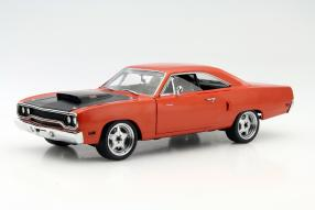 #FF7 Plymouth Road Runner 1:18