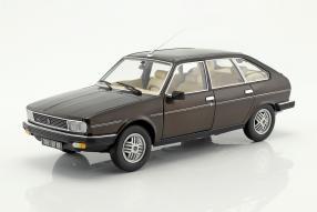 Renault 30 TX 1981 1:18