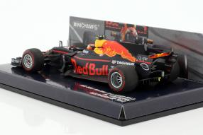 Modellautos Red Bull RB13 2017 1:43