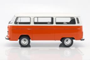Modellautos VW T2 Bus 1:12