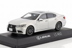 Modelcars Lexus LS 460 F Sport 1:43