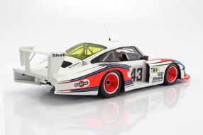 Modelcars Porsche 935/78 1:12 CMR