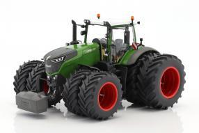 Fendt 1050 Traktor 1:32