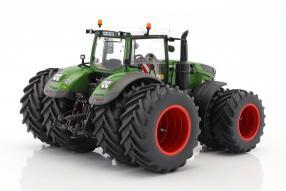 Modelle Fendt 1050 Traktor 1:32