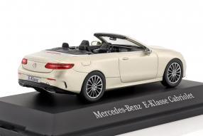Modellautos Mercedes-Benz E-Klasse Cabriolet 2017 1:43