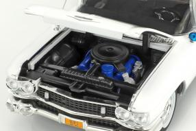 Ertl Cadillac 1959 Ambulance Ghostbusters 1984 1:18
