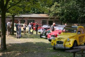 In Essen: Citroën Enten Classic Days